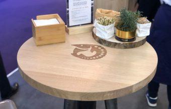 KAVIARI – TABLES GRAVEES